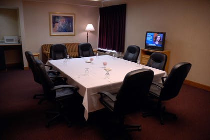 Meeting Room | Hampton Inn Iowa City/Coralville
