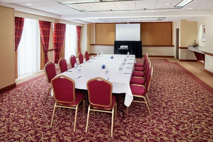 Meeting Room | DoubleTree by Hilton Cleveland East Beachwood