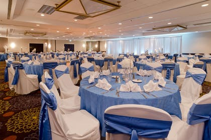 Meeting Room | DoubleTree Suites by Hilton Hotel Charlotte - SouthPark