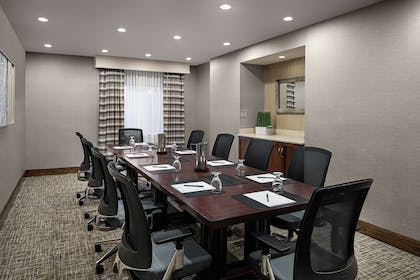 Meeting Room   DoubleTree Suites by Hilton Hotel Charlotte - SouthPark