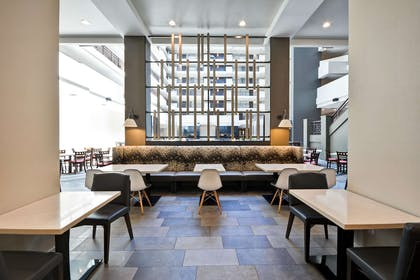 Restaurant | Embassy Suites by Hilton Charlotte
