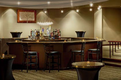 BarLounge | DoubleTree by Hilton Hotel Colorado Springs