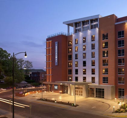 Exterior | The Broadway Columbia - a DoubleTree by Hilton