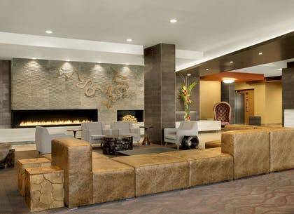 Reception | The Broadway Columbia - a DoubleTree by Hilton