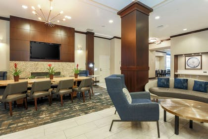 Lobby | Hilton Garden Inn Arlington Shirlington
