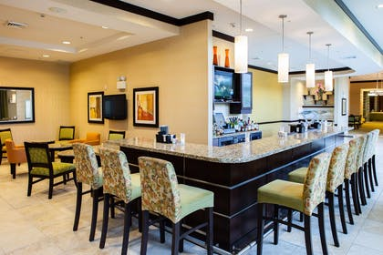 BarLounge | Hilton Garden Inn Arlington Shirlington