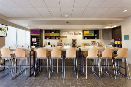 Restaurant | Home2 Suites by Hilton Denver West - Federal Center, CO