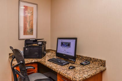 Business Center | Hilton Garden Inn Detroit - Southfield, MI