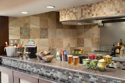 BarLounge | Embassy Suites by Hilton Des Moines Downtown