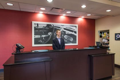 Reception | Hampton Inn & Suites Detroit / Airport - Romulus