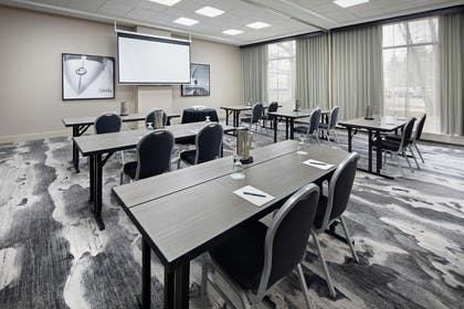 Meeting Room | Embassy Suites by Hilton Detroit Troy Auburn Hills