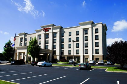 Exterior | Hampton Inn Easton