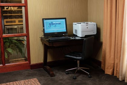 Business Center | Hampton Inn Easton