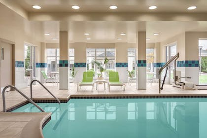 Pool | Hilton Garden Inn Bridgewater