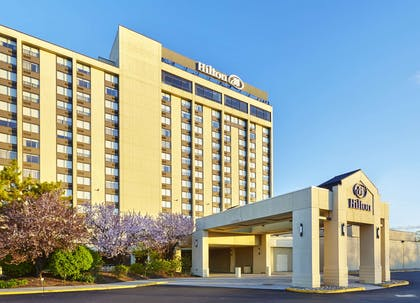Exterior | Hilton Hasbrouck Heights/Meadowlands