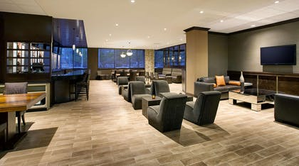 Restaurant | DoubleTree by Hilton Hotel & Suites Jersey City