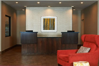 Reception | DoubleTree by Hilton Hotel Flagstaff
