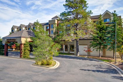 Exterior | DoubleTree by Hilton Hotel Flagstaff