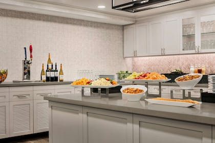Restaurant | Homewood Suites by Hilton Fort Myers