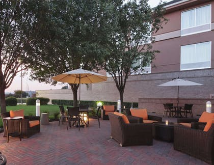 Exterior | Hilton Garden Inn Fort Worth/Fossil Creek