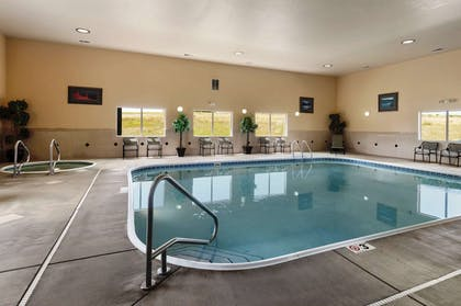 Pool | Hampton Inn Gillette
