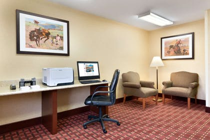 Business Center | Hampton Inn Gillette