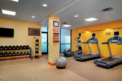 Health club fitness center gym | Embassy Suites Greensboro Airport