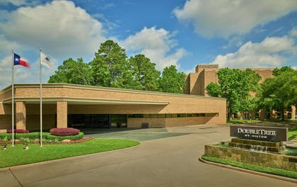Exterior | DoubleTree by Hilton Hotel Houston Intercontinental Airport