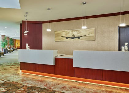 Reception | DoubleTree by Hilton Hotel Houston Intercontinental Airport