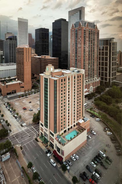 Exterior | Embassy Suites by Hilton Houston Downtown