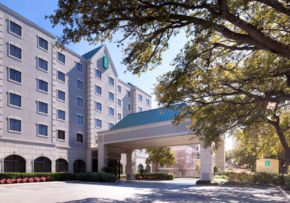 Exterior   Embassy Suites by Hilton Houston Near the Galleria