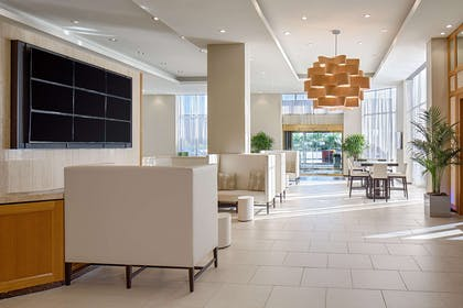 Reception | DoubleTree by Hilton Hotel Houston - Greenway Plaza