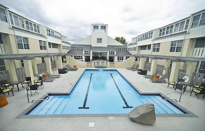 Pool | DoubleTree Suites by Hilton Hotel Huntsville South