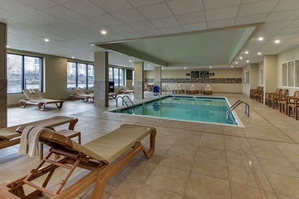 Pool | Hampton Inn Indianapolis/Carmel