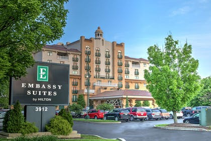 Exterior | Embassy Suites by Hilton Indianapolis North