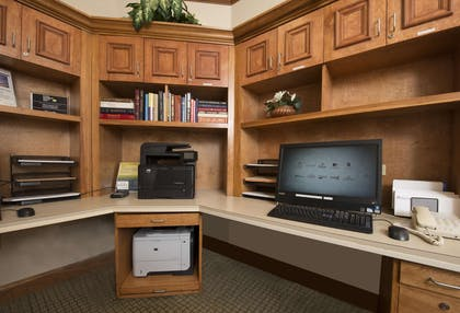 Business Center | Hilton Garden Inn Jackson/Madison