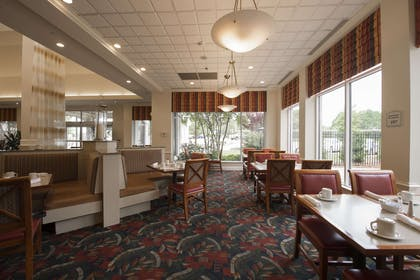 Restaurant | Hilton Garden Inn Jackson/Madison