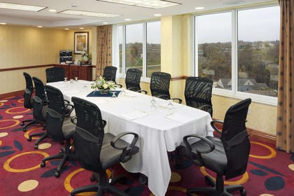Meeting Room | DoubleTree by Hilton Hotel Jefferson City