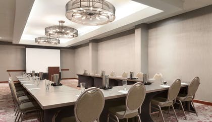 Meeting Room | Embassy Suites by Hilton Irvine Orange County Airport