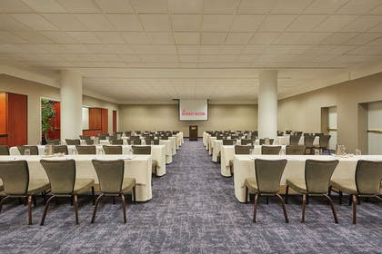 Meeting Room | The Beverly Hilton