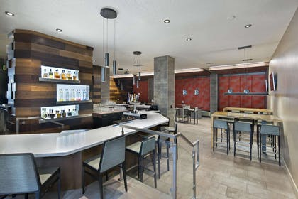 BarLounge | Embassy Suites by Hilton, Los Angeles - Downey