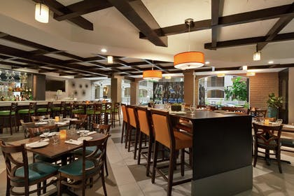 Restaurant | Embassy Suites by Hilton Arcadia Pasadena Area