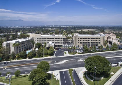 Exterior | DoubleTree by Hilton Los Angeles - Rosemead
