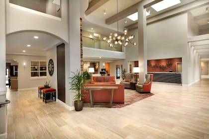 Lobby   Embassy Suites by Hilton Temecula Valley Wine Country