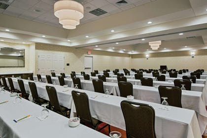 Meeting Room | Hilton Garden Inn Lincoln Downtown/Haymarket