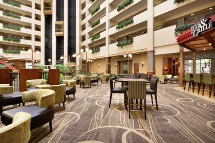 Lobby | Embassy Suites by Hilton Lincoln