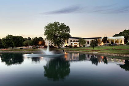 Exterior | DoubleTree Resort by Hilton Hotel Lancaster