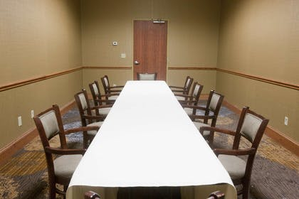 Meeting Room | DoubleTree by Hilton Hotel Midland Plaza
