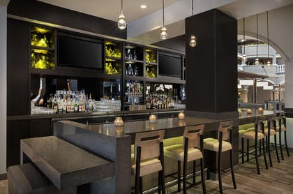 BarLounge | Embassy Suites by Hilton Orlando International Drive Convention Center
