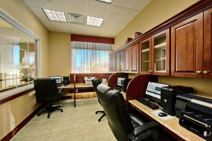 Business Center | Homewood Suites by Hilton East Rutherford - Meadowlands
